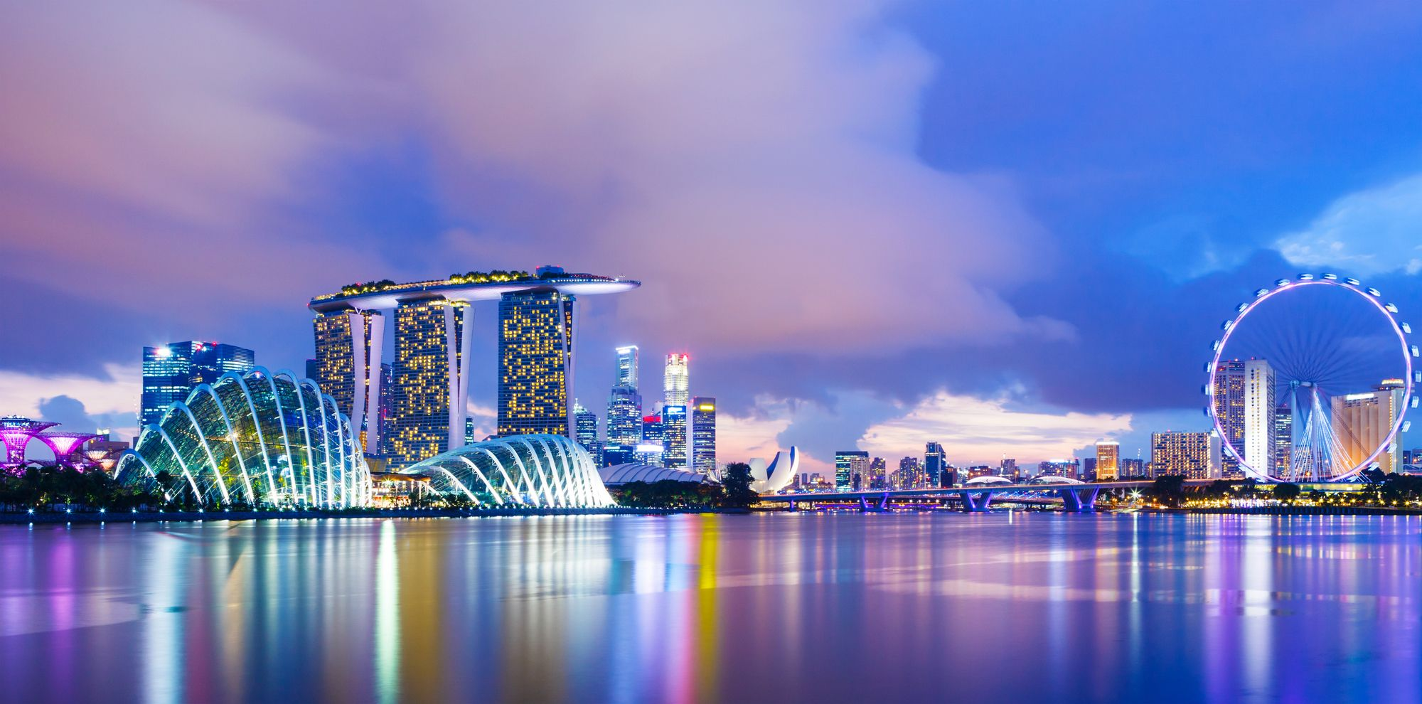 What-are-the-factors-that-make-the-economy-in-Singapore-tick?